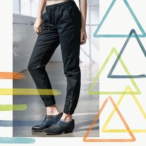 *MAKE ME AN OFFER* Twill joggers in washed black
